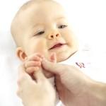 baby handmassage